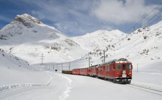 ШОКОЛАДОВАТА  ШВЕЙЦАРИЯ – тур Небесният химн на алпийските върхове